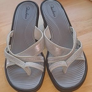 Skechers wedge sandals size 10 silver and black